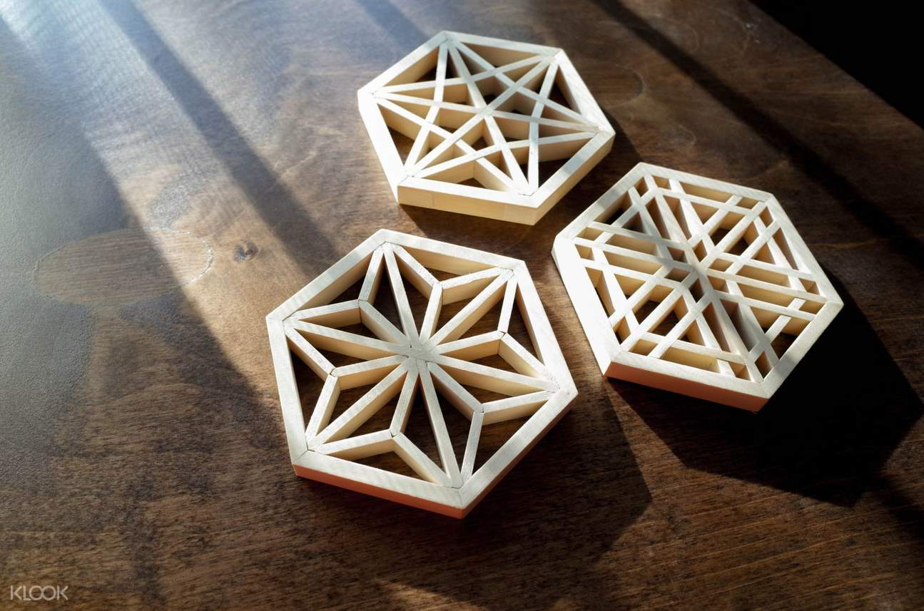 tatakan gelas sakura dari kayu