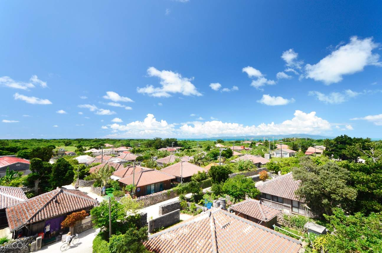 taketomi island landscape