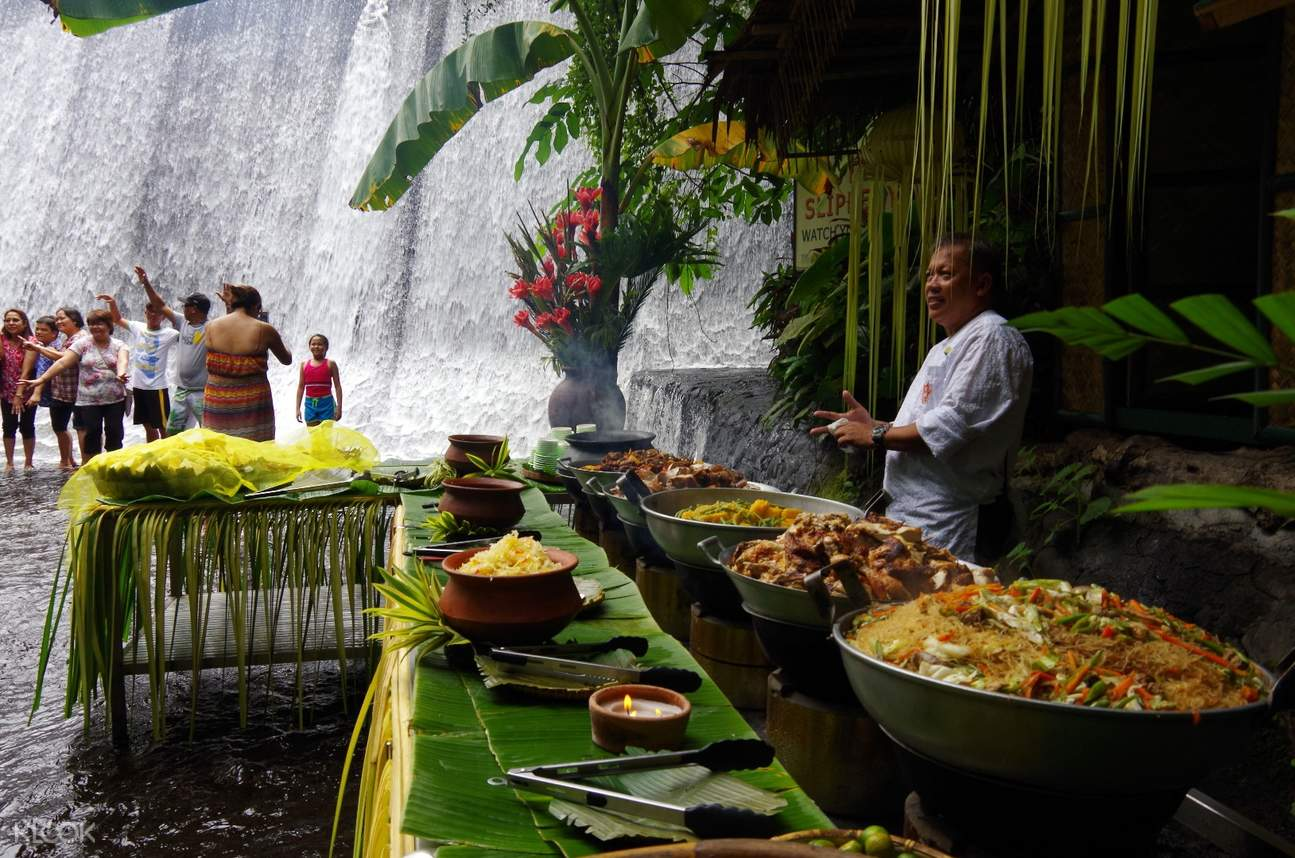 Villa Escudero Day Tour from Manila by Vina Tour (비나투어)