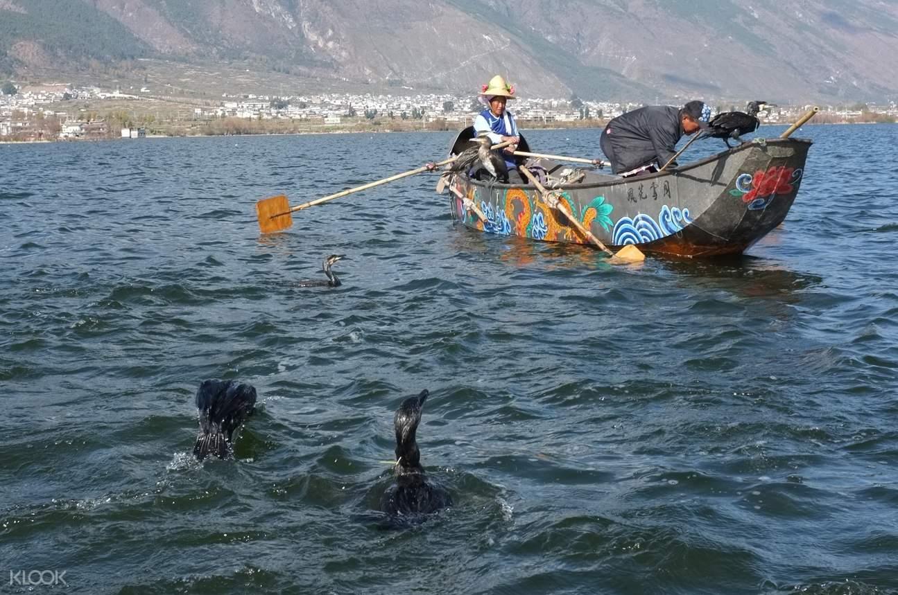 Erahi Lake fishermen