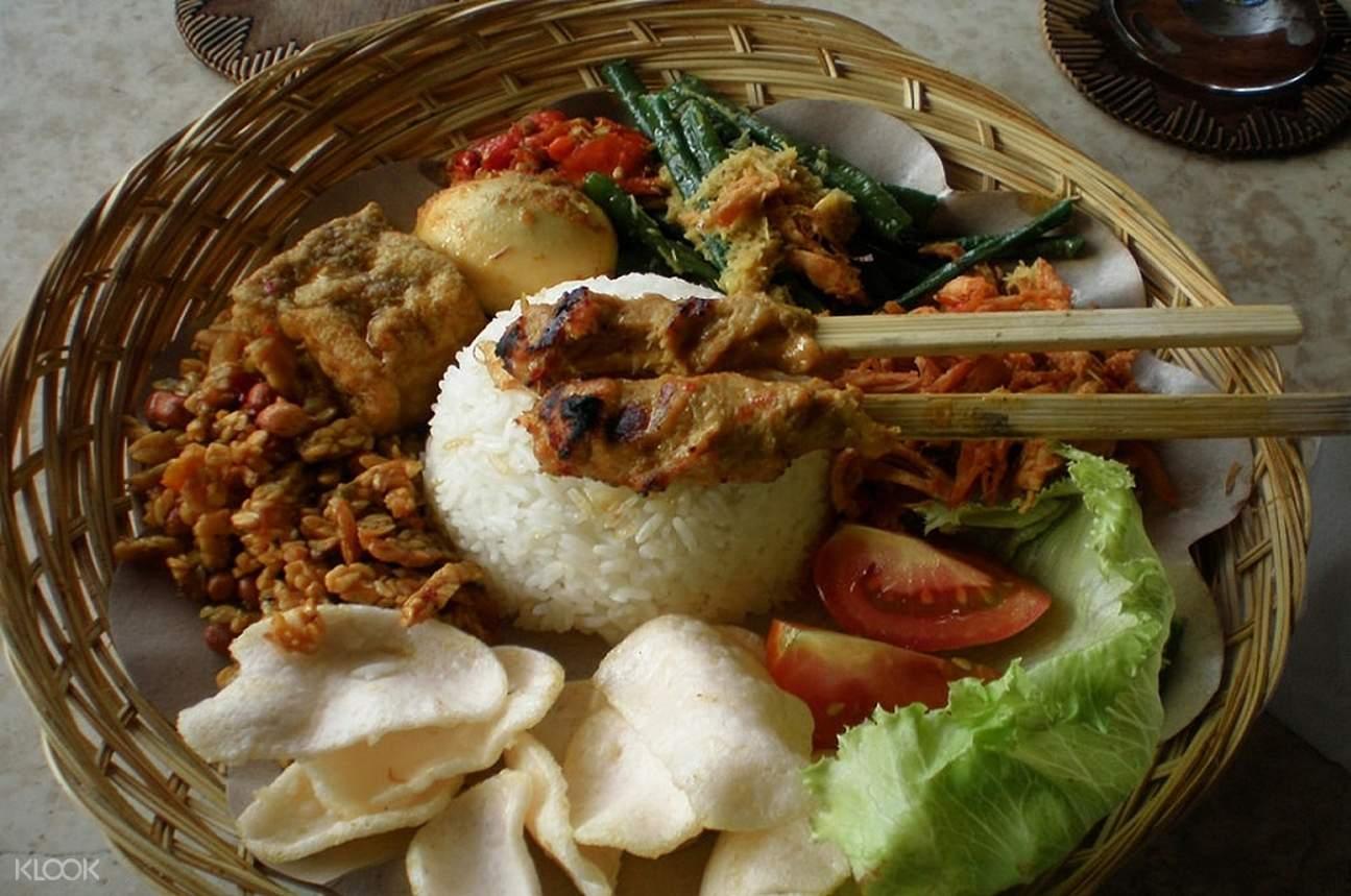 various balinese food in one plate