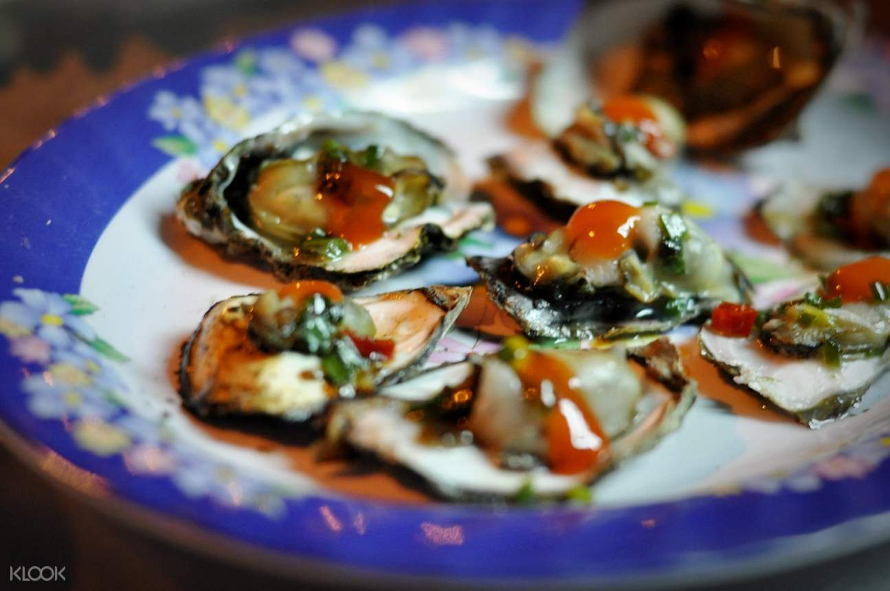 tam giang lagoon seafood dinner