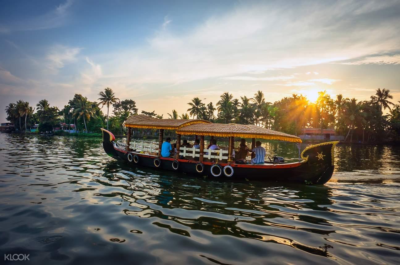 5 in 1 Water Sports Package in Goa - Klook