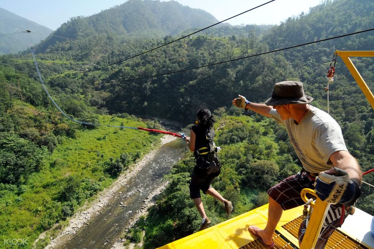 giant swing india
