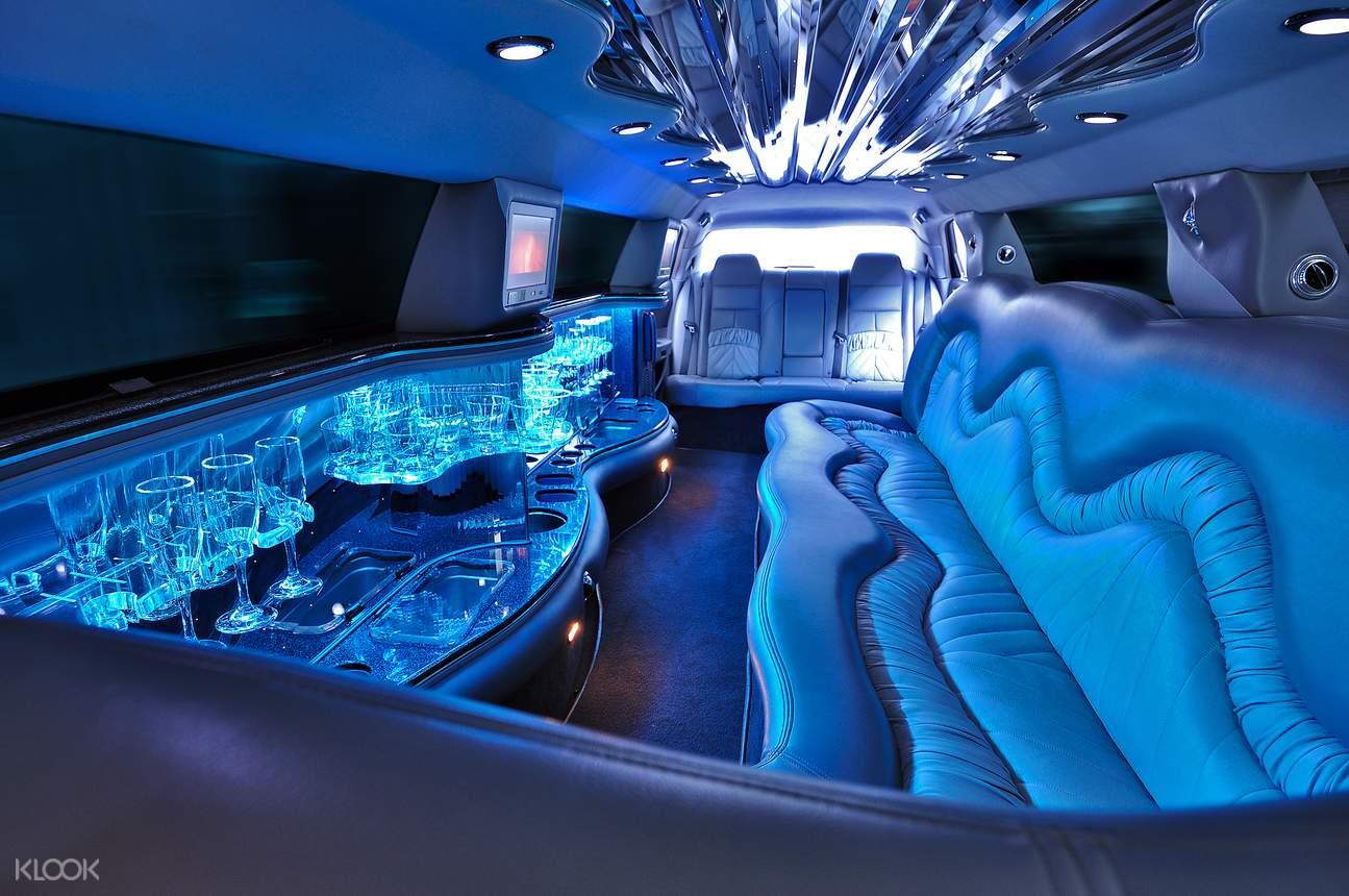 Stretch Limousine for Dubai Airport Transfers (DXB) in Dubai