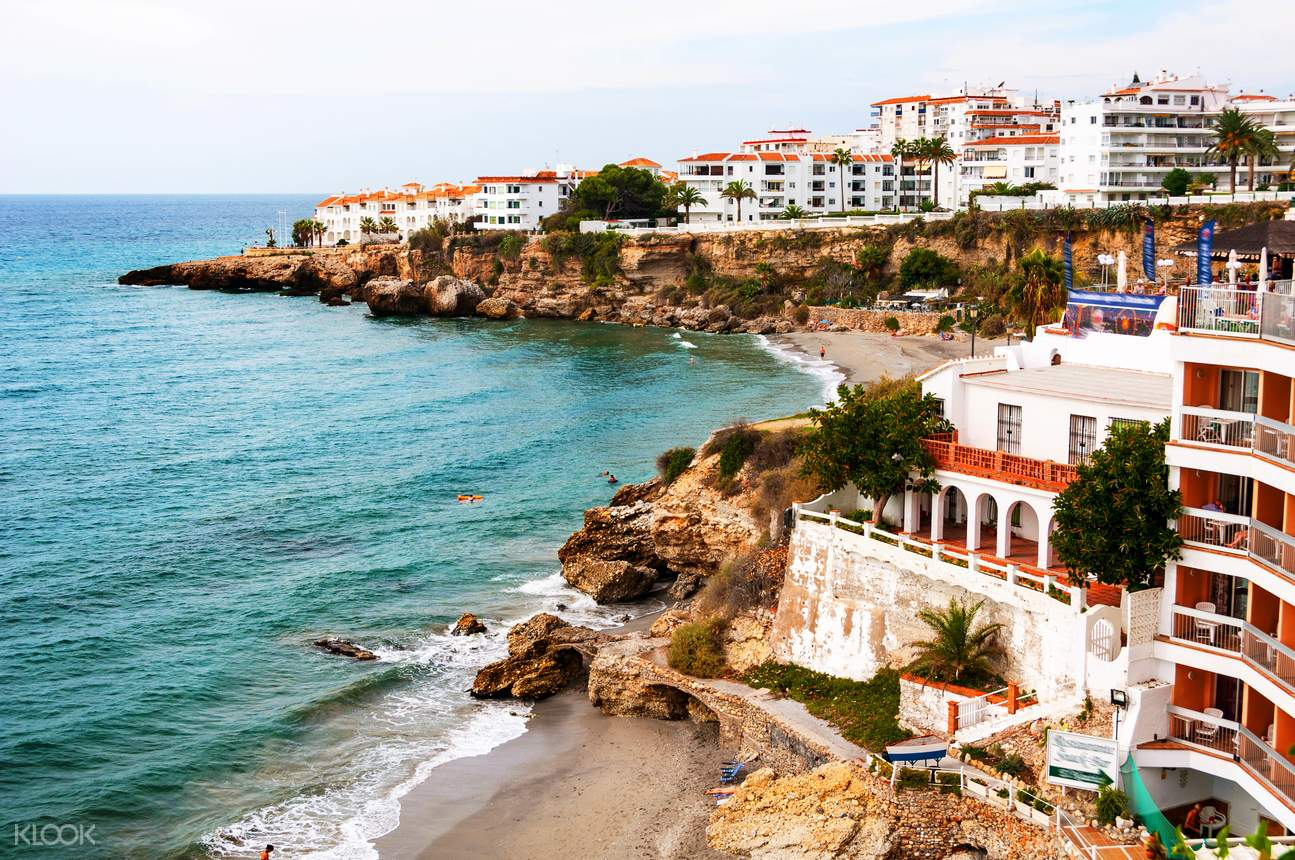 Guided Half Day Tour Nerja and Frigiliana