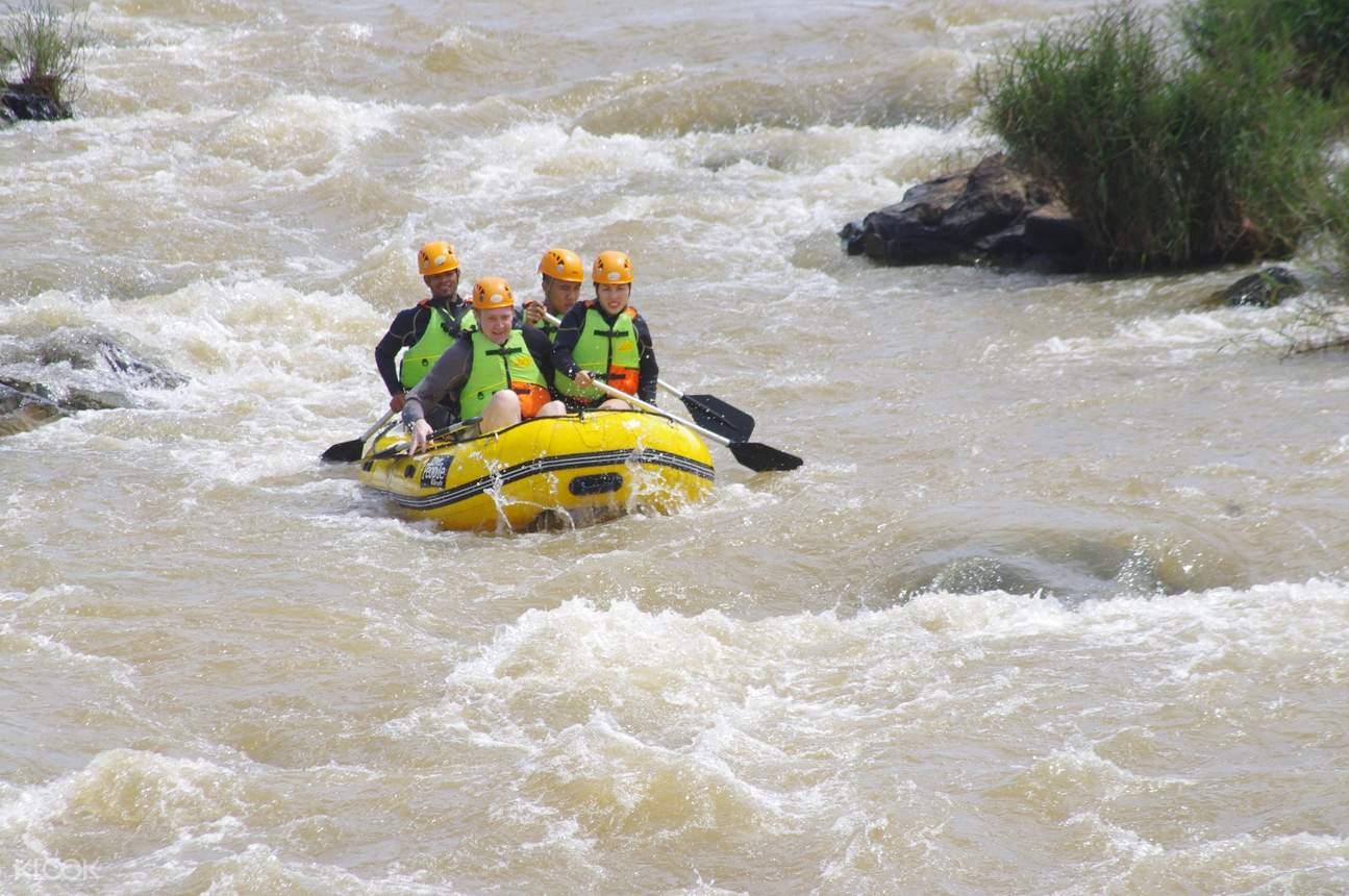river rafting da lat