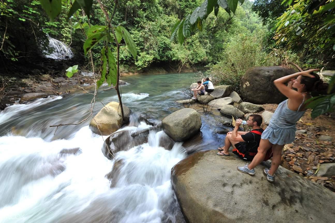 Khao sok trekking