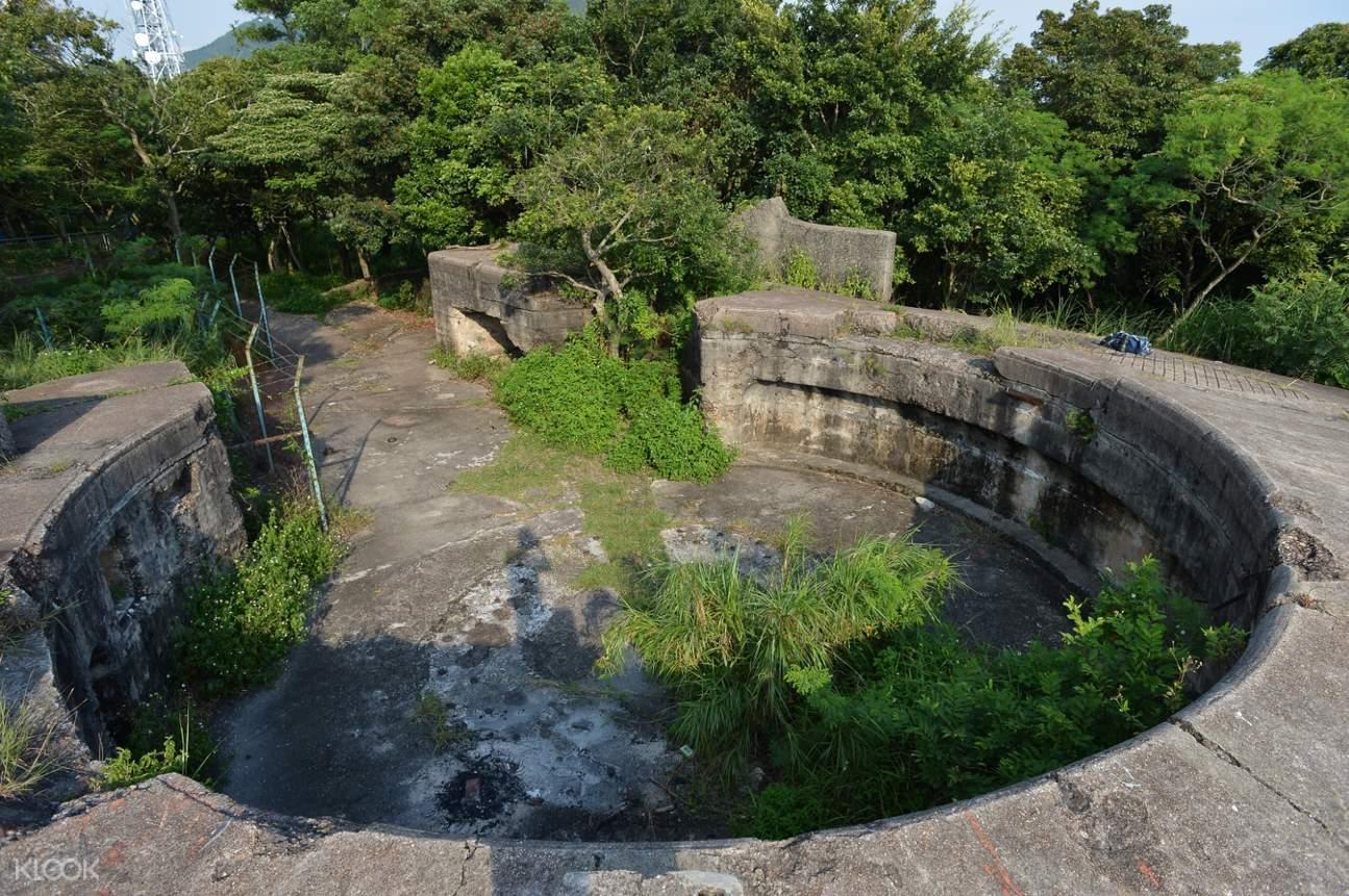 gun emplacements in mt davis battery