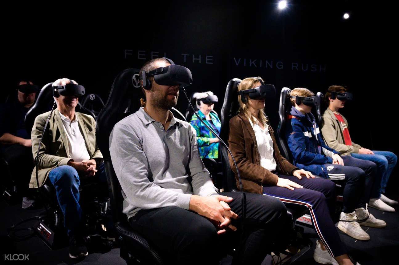 Guests with virtual reality glasses in The Viking Planet Digital Museum Oslo