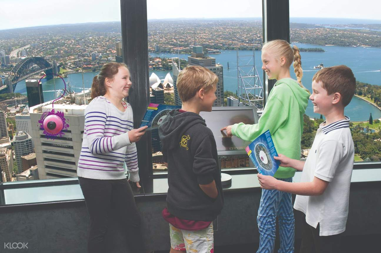 Sydney tower eye skywalk