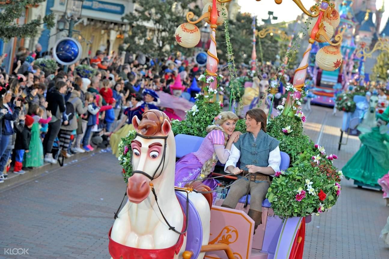 Disney Princess dance winter