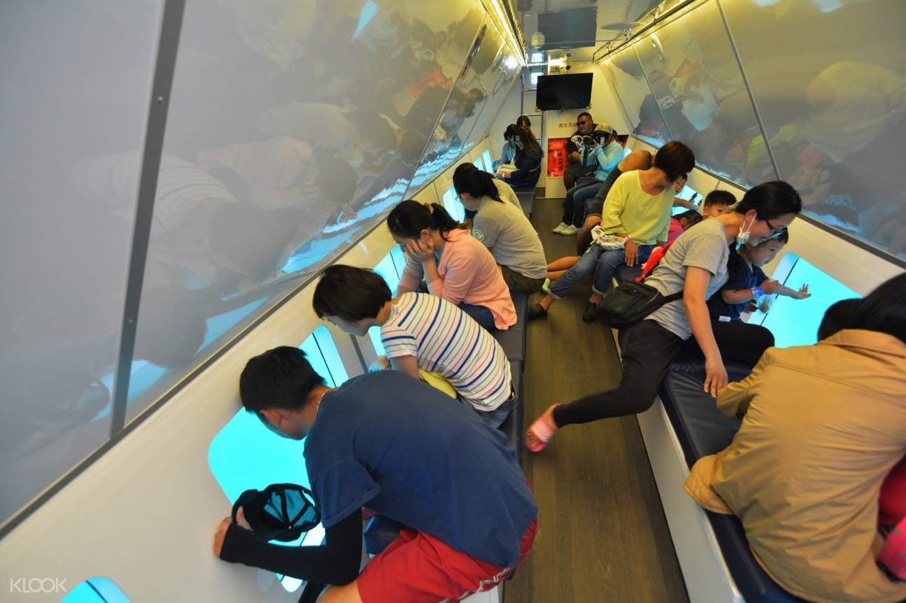 半潛艇傾斜玻璃窗