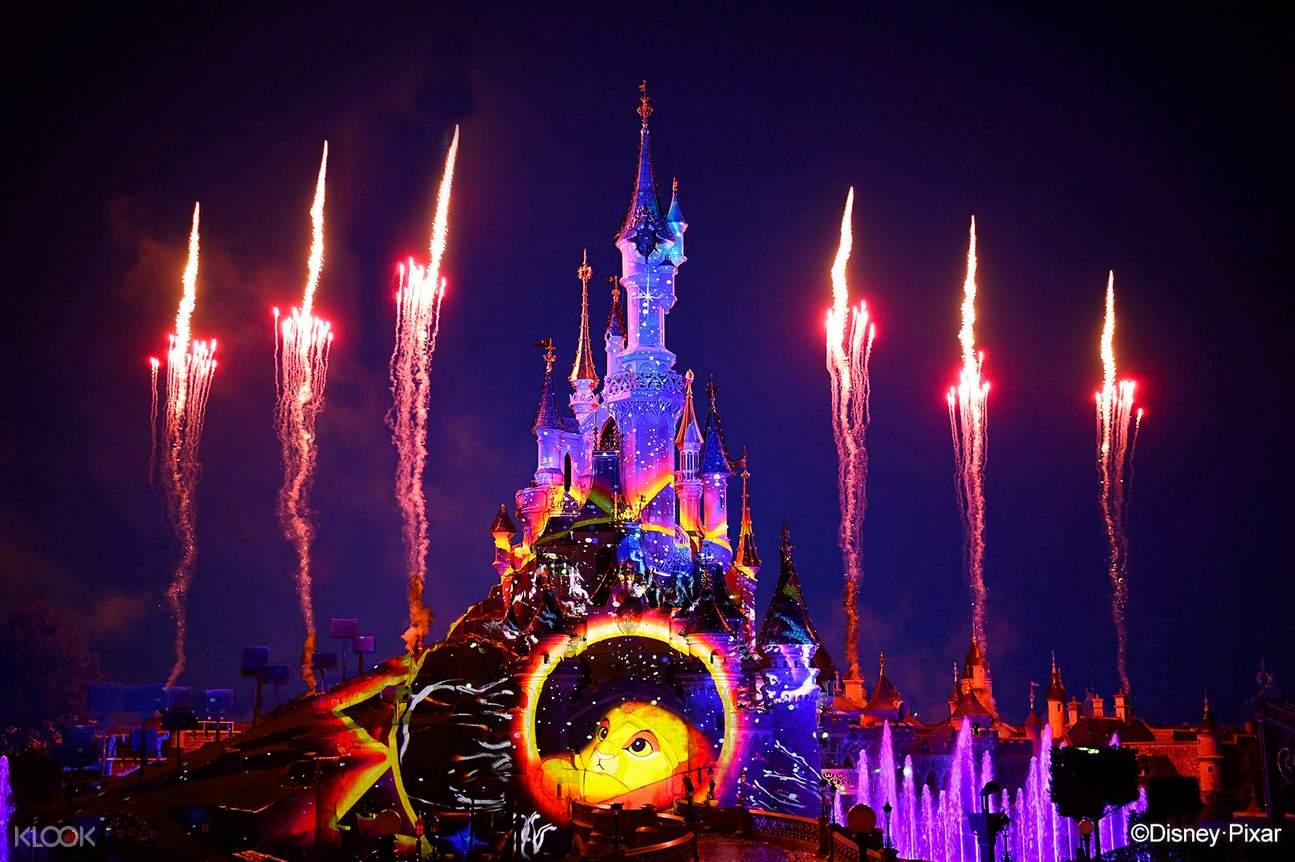 fireworks and disneyland paris castle