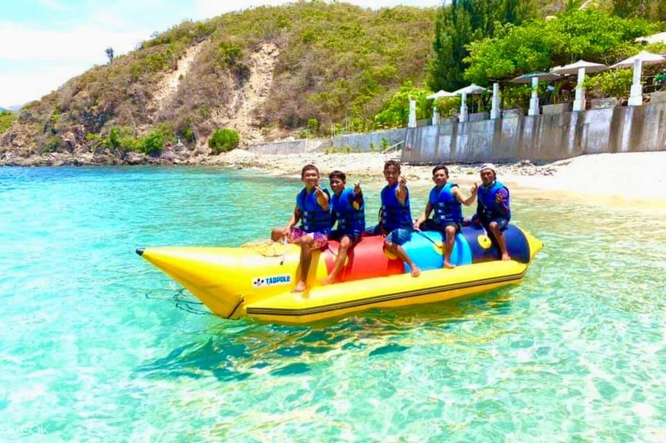 Men on banana boat during Nha Trang island hopping