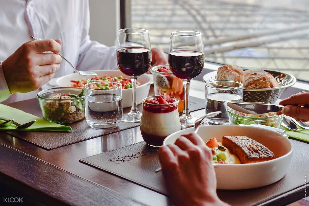 巴黎埃菲爾鐵塔午餐