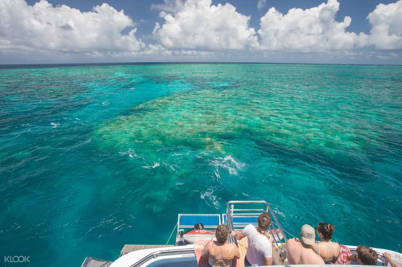great barrier reef in cairns