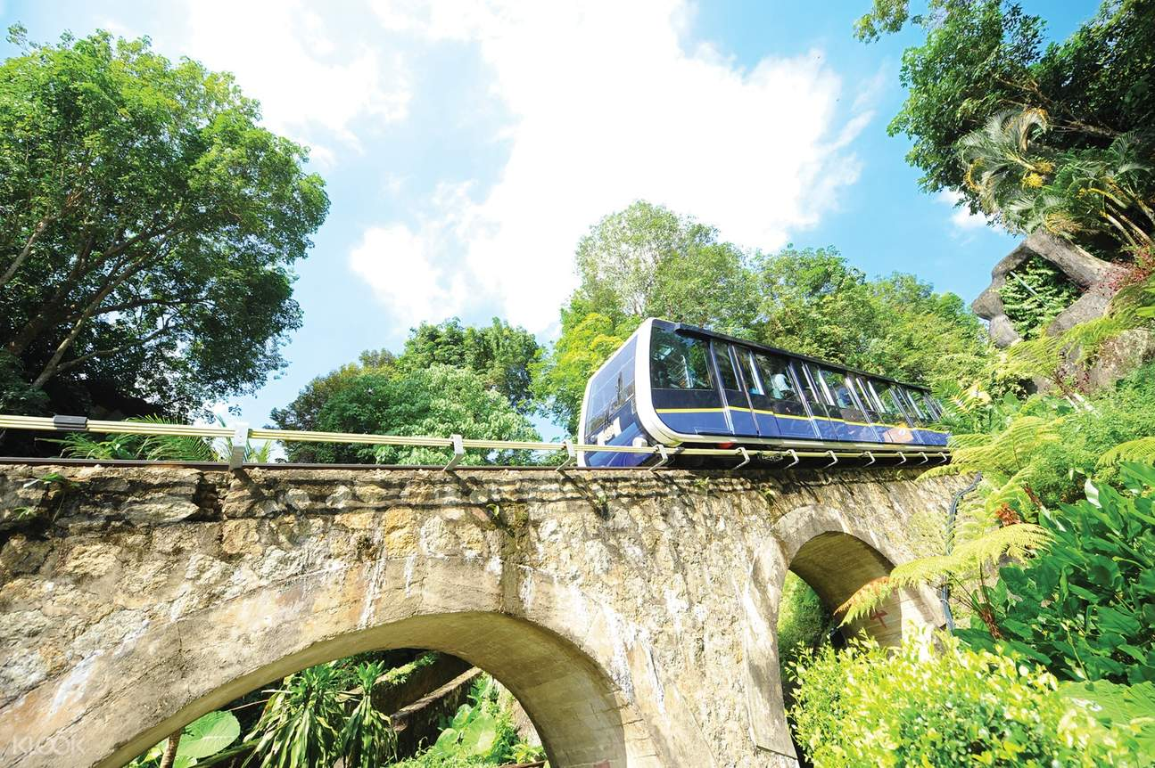 picture of penang hill funicular