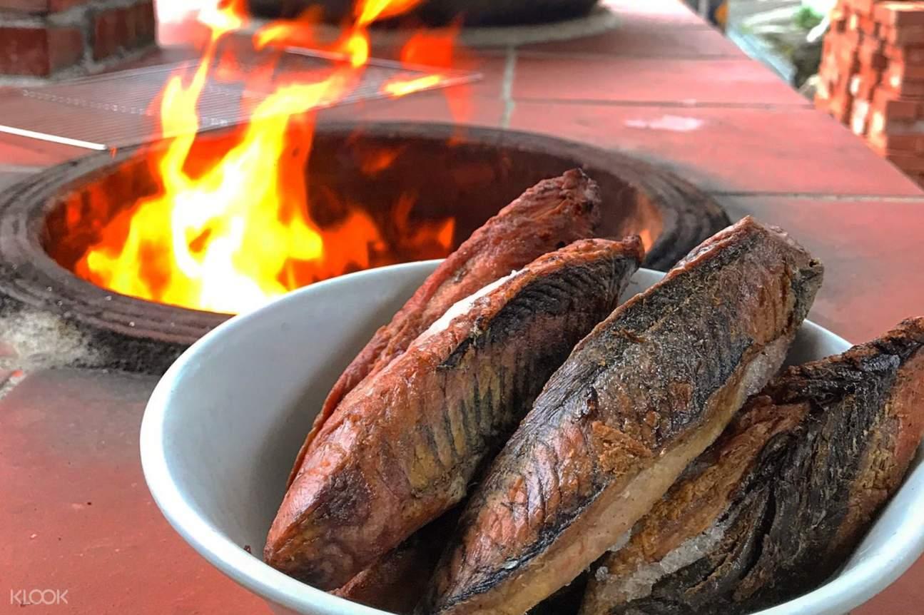 使用當地當季漁獲,製作柴魚塊