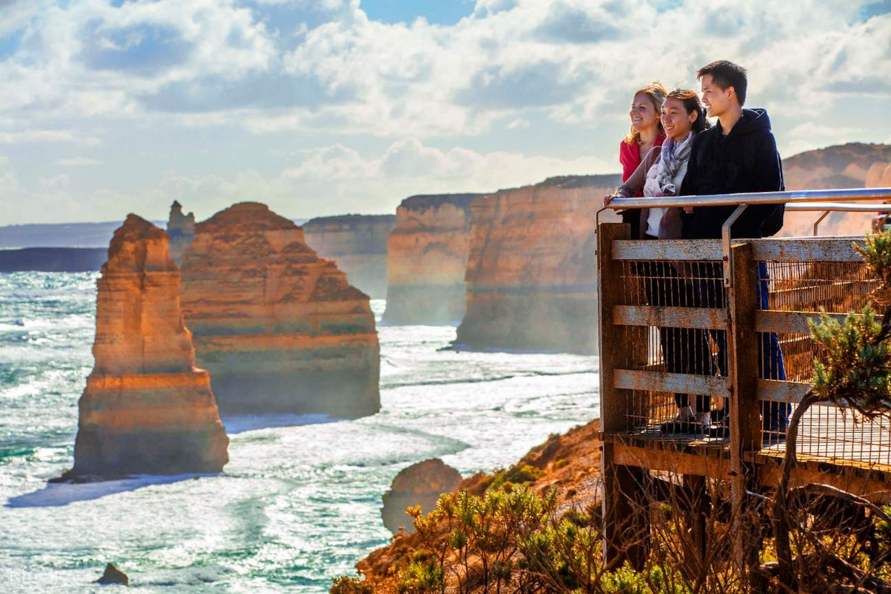 Family overlooking the Twelve Apostles