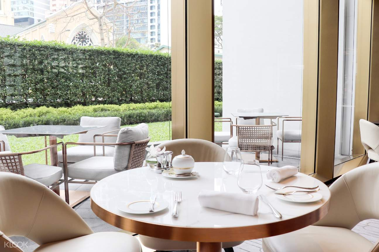 THE TAI PAN - Presenting an unrivalled modern bistro fare, The Tai Pan delivers a delightful experience of a more relaxing and cosy nature. From breakfast to dinner and weekend brunch, the dishes are inspired by the finest seasonal organic ingredients and