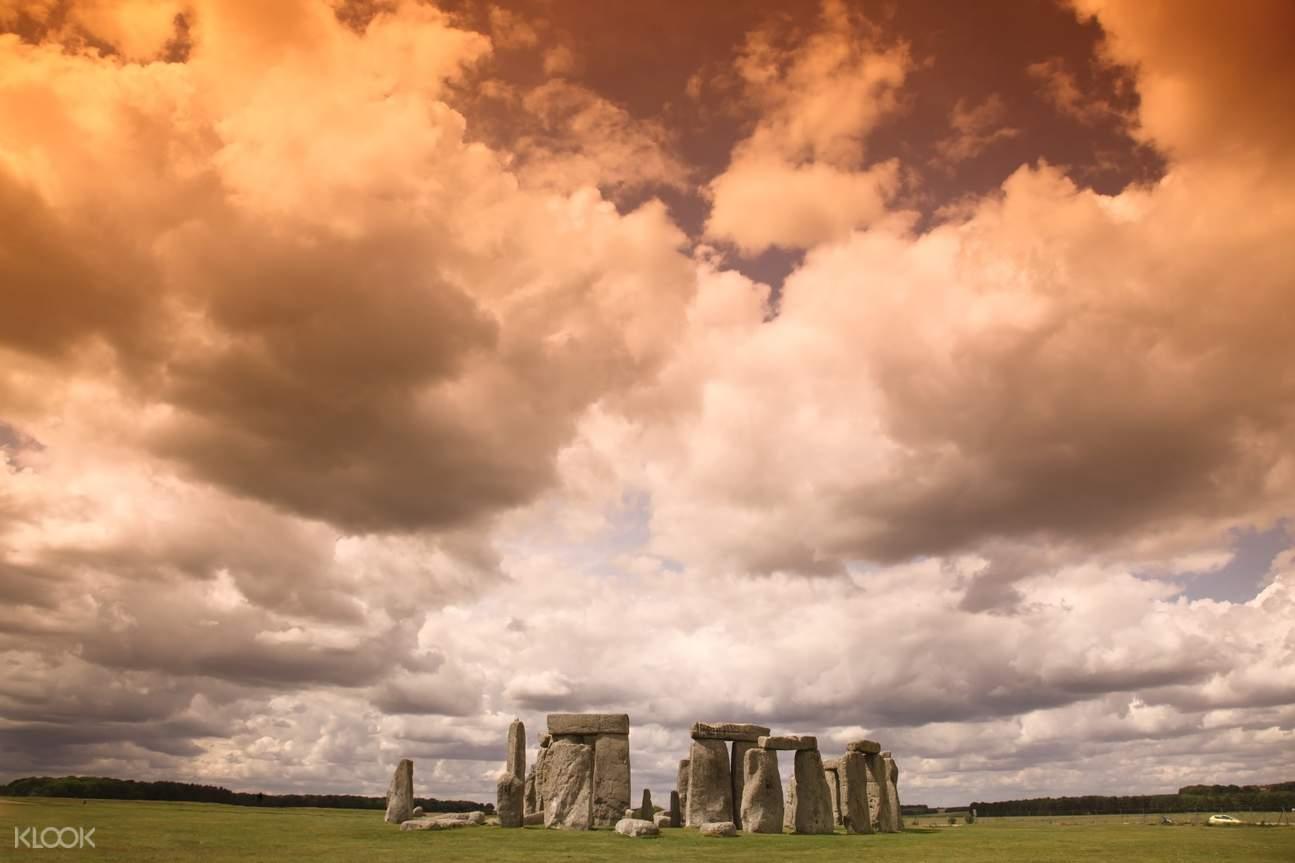 stonehenge day tour london