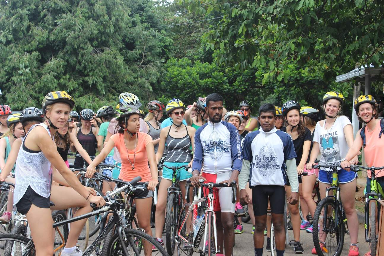 bike tour colombo