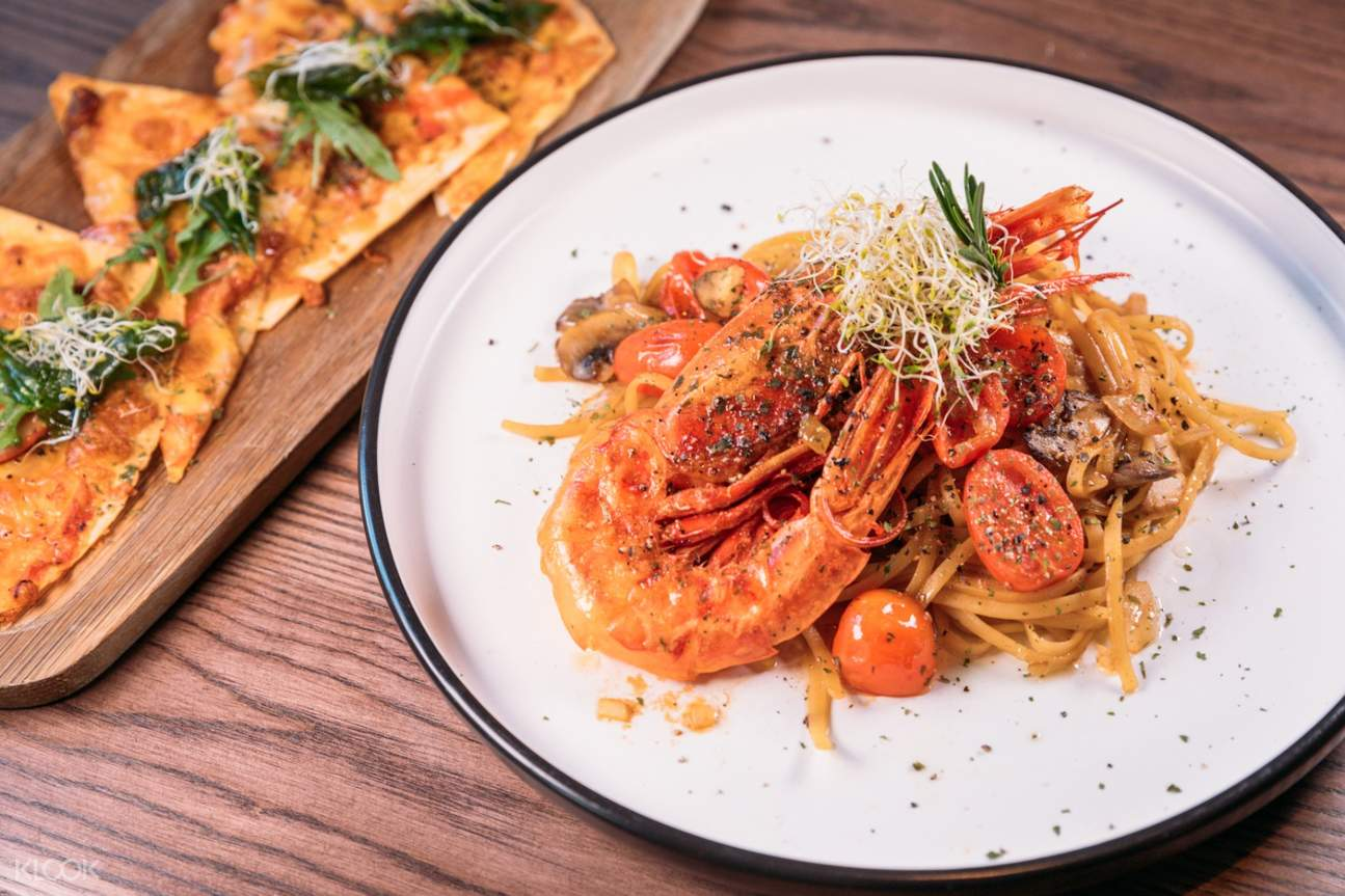 Red Prawn Linguine at BRICK LANE in Causeway Bay