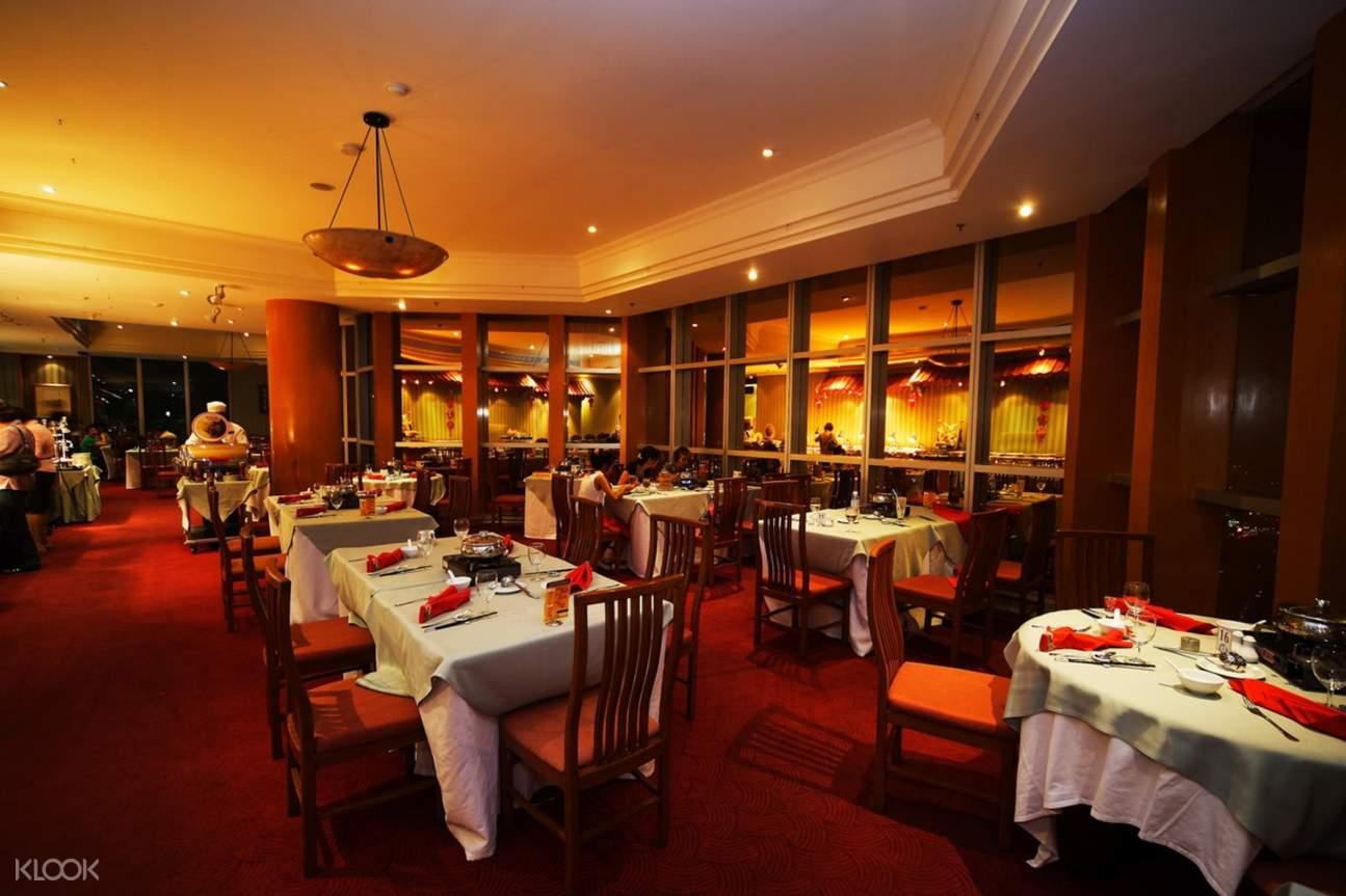 stella palace restaurant baiyoke sky hotel bangkok