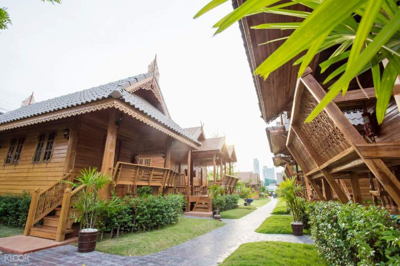 teak houses pattaya