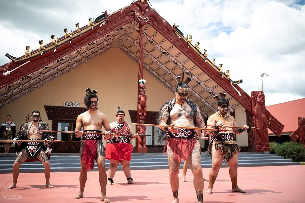 Ngā Hau e Whā Marae Experience in Christchurch