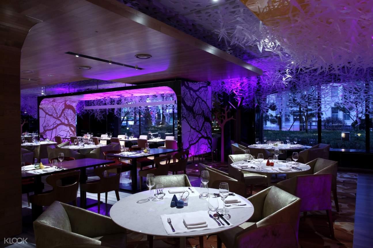 inside La Seine Buffet at Lotte Hotel Seoul