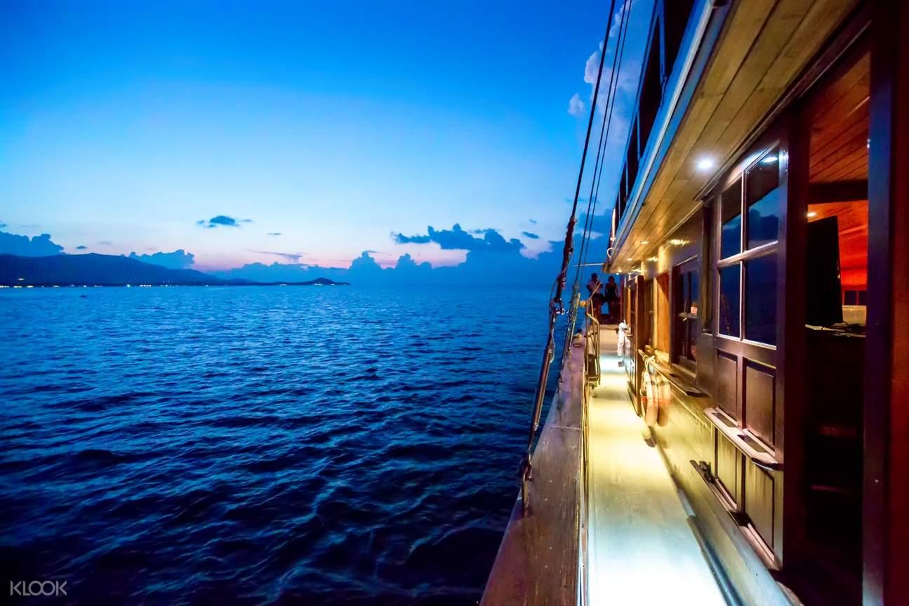 red baron cruise pier