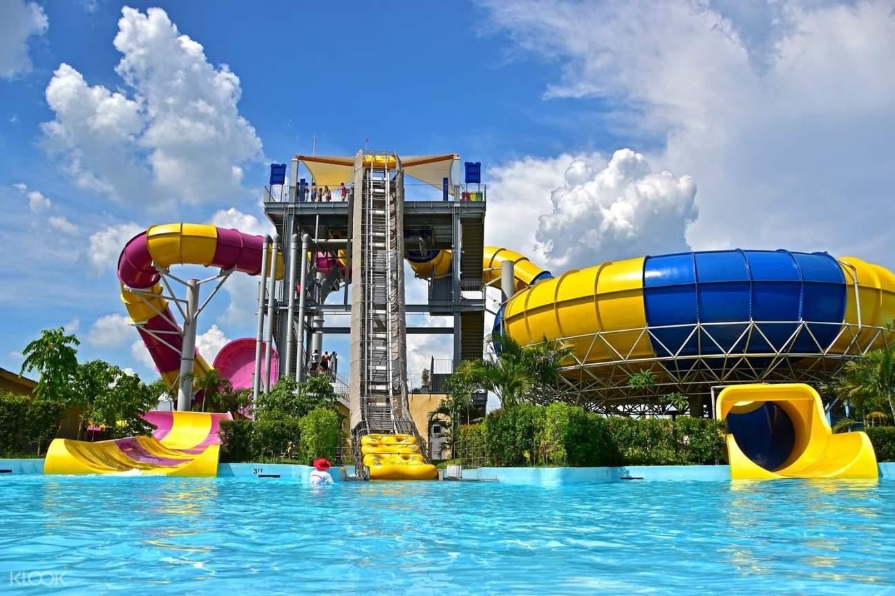 slides at aqua planet waterpark