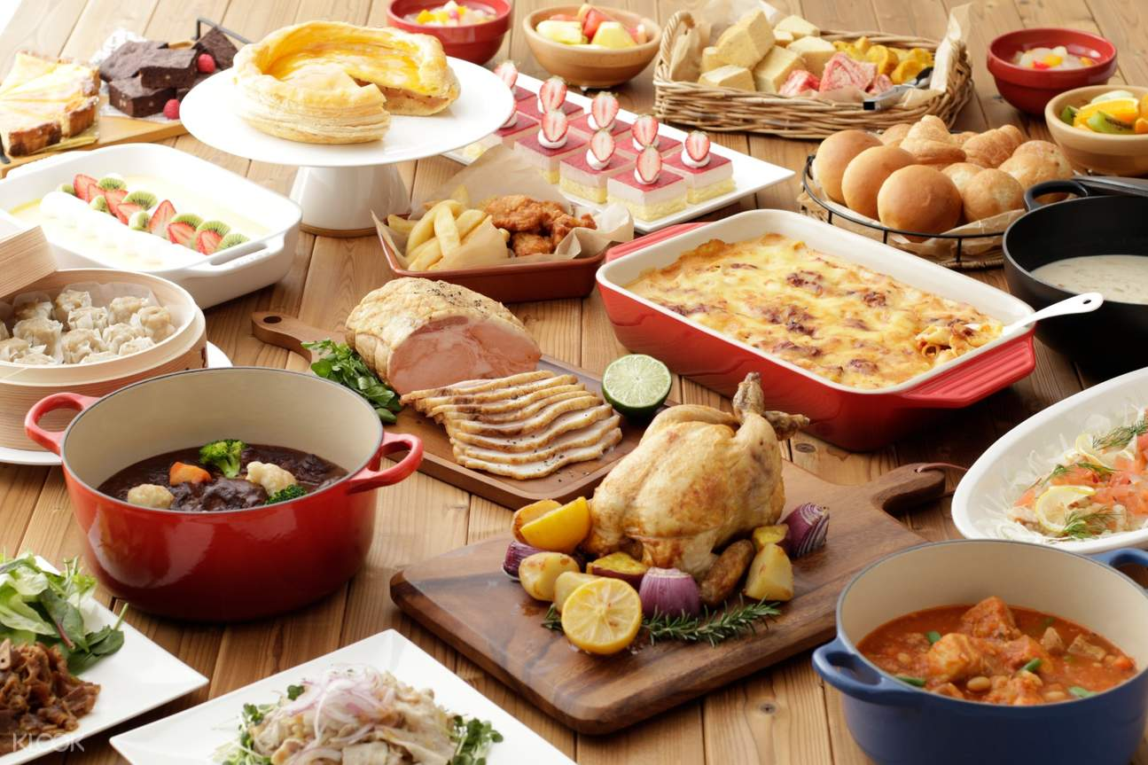 Sanrio puroland buffet and desserts
