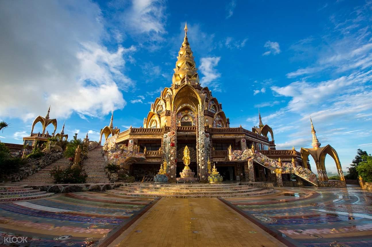 Wat Pha Sorn Kaew寺