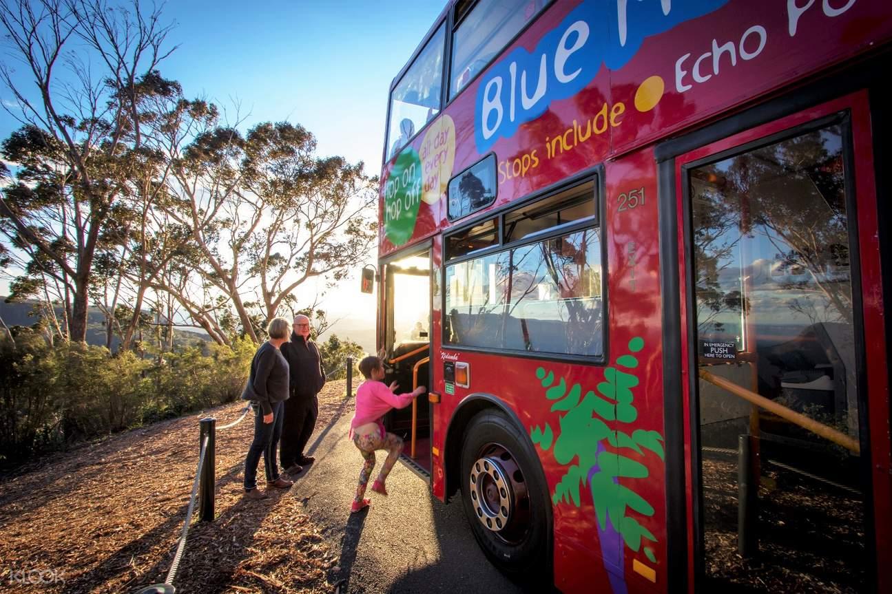 blue mountain hop on hop off bus pass