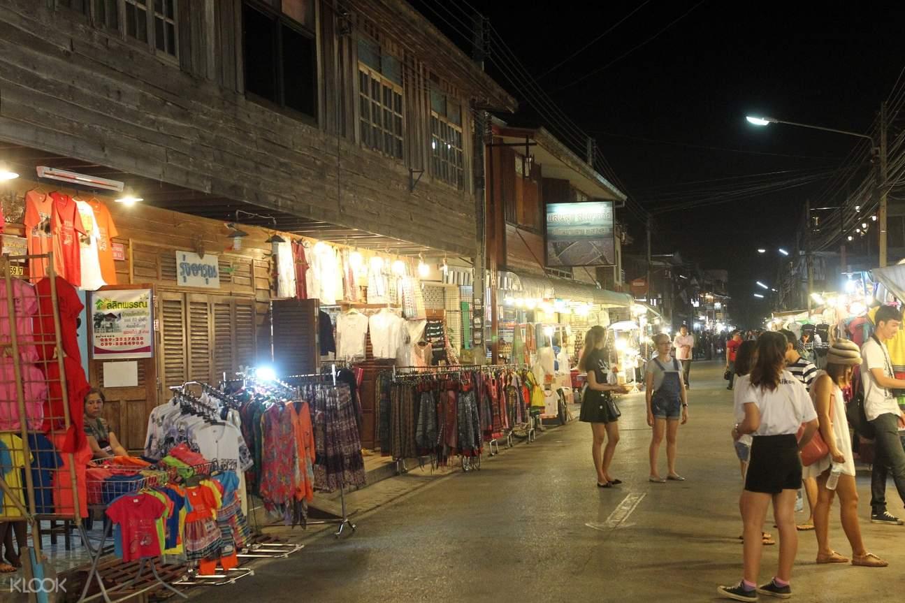 Chiang Khan Old Town Market