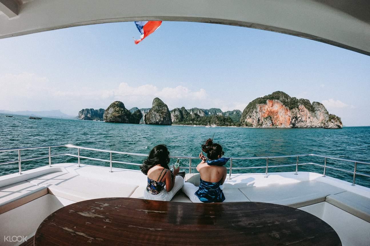 Luxury Cruise Sunset Tour 5