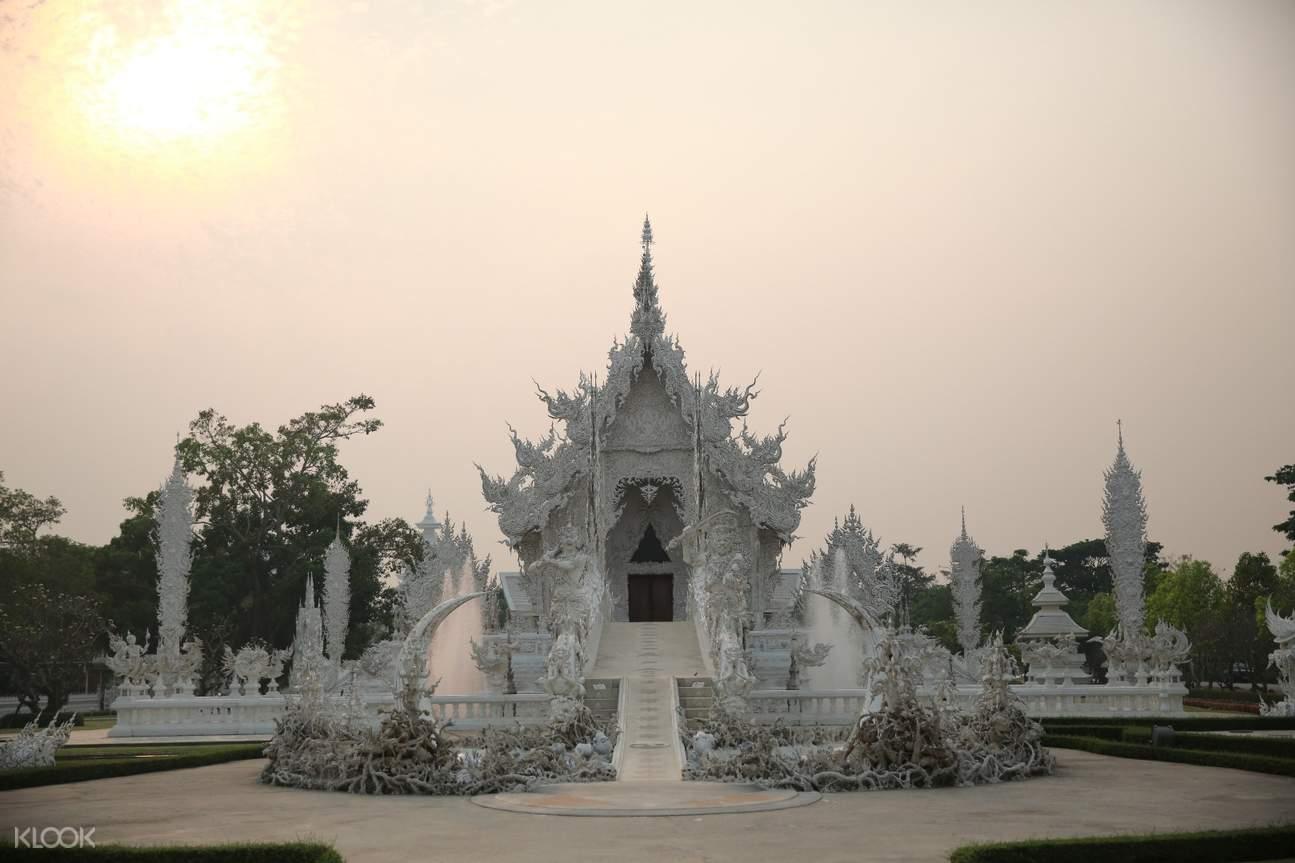 清莱白庙一日游,清幽茶园一日游,清莱白龙寺