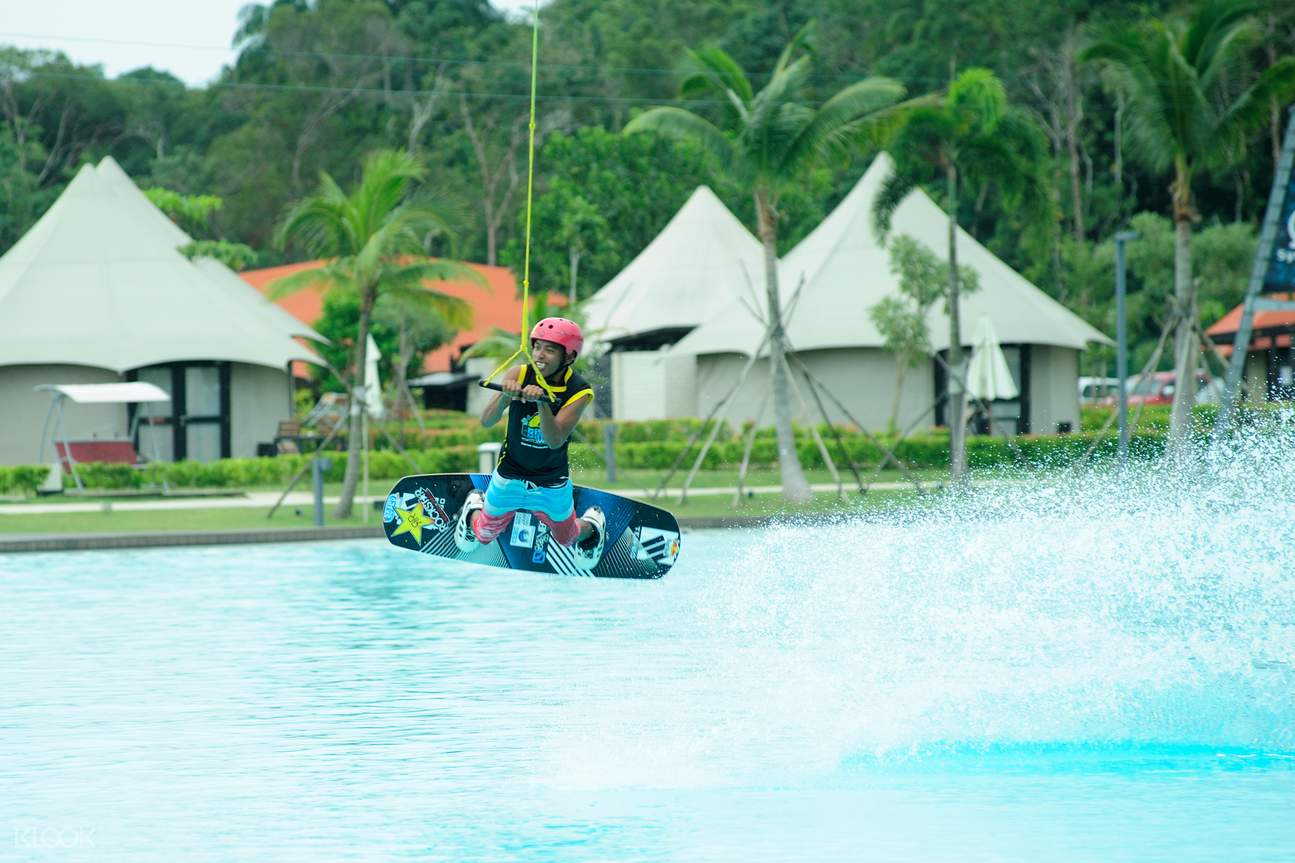 wakeboarding at chill cove @ treasure bay bintan