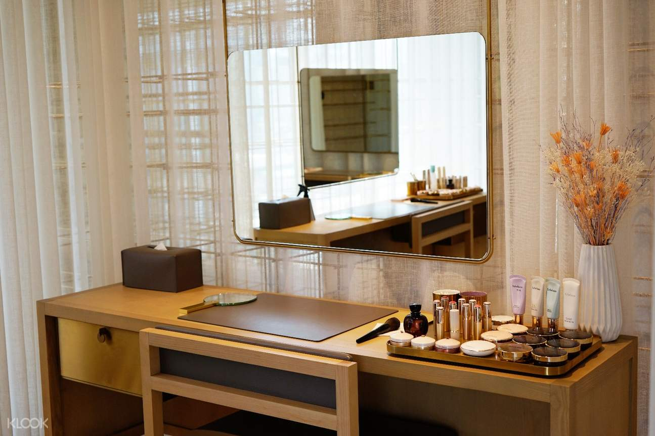 Sulwhasoo Balance Spa make up room