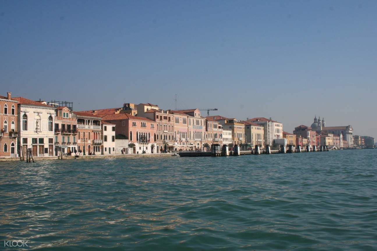 houses beside the grand canal in venice