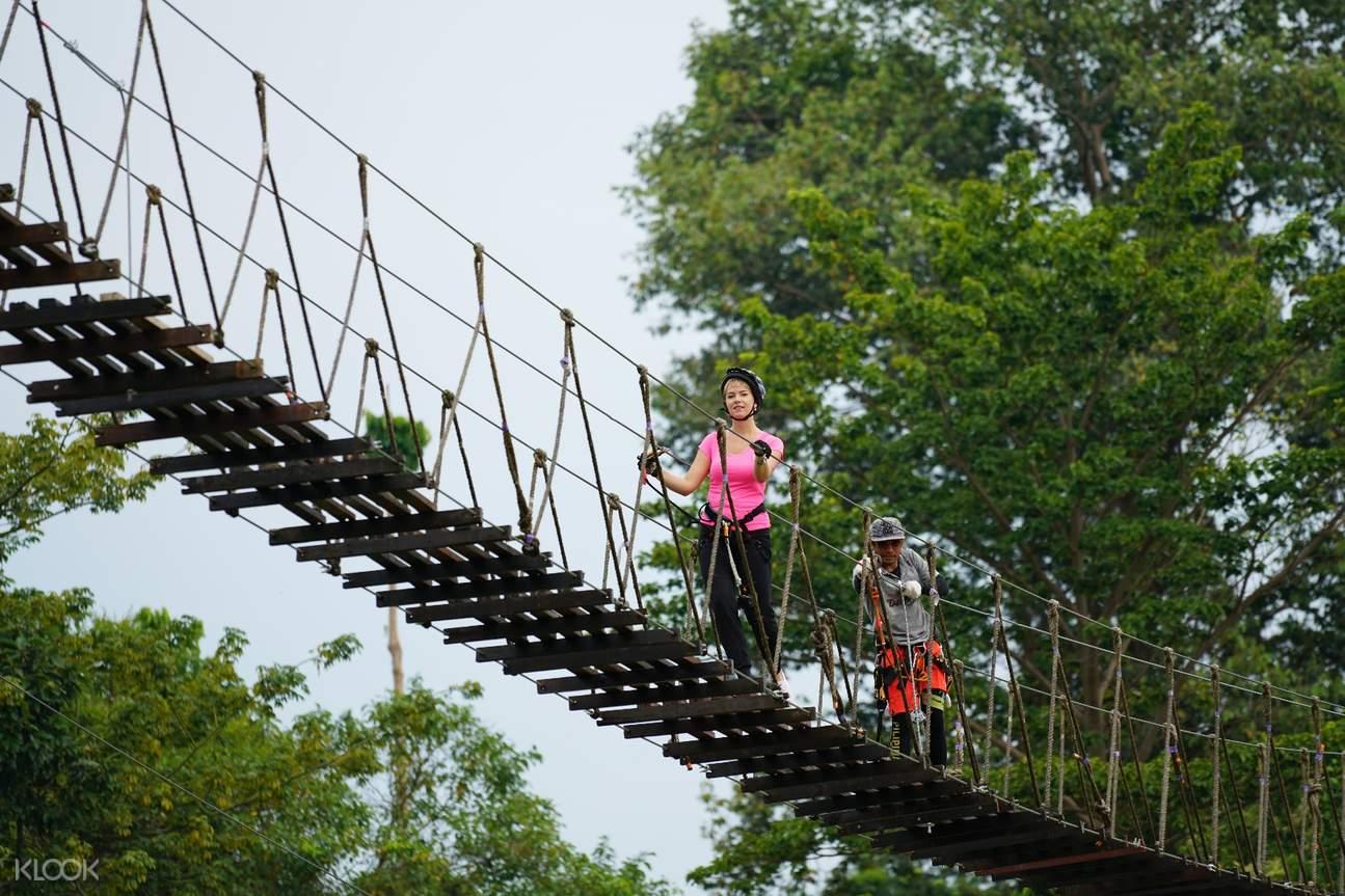 泰國芭達雅Tarzan極限公園叢林飛索體驗