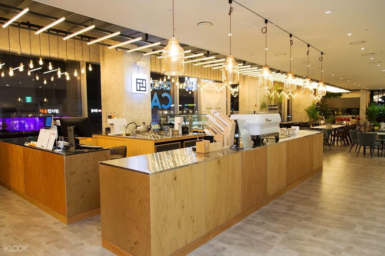 arbor髮廊咖啡廳