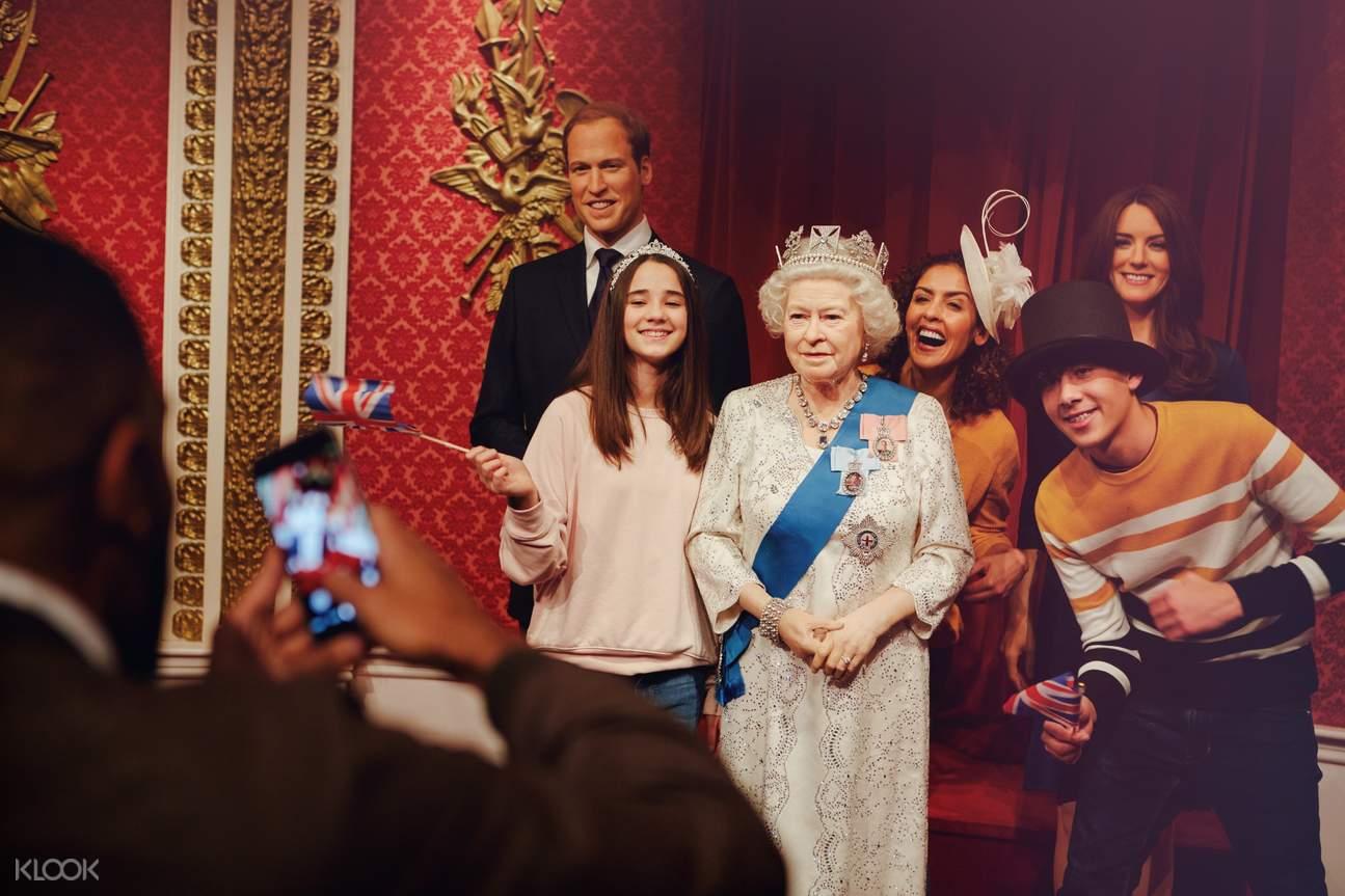 madame tussauds london queen elizabeth