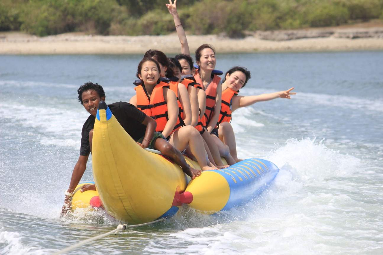 bali banana boat