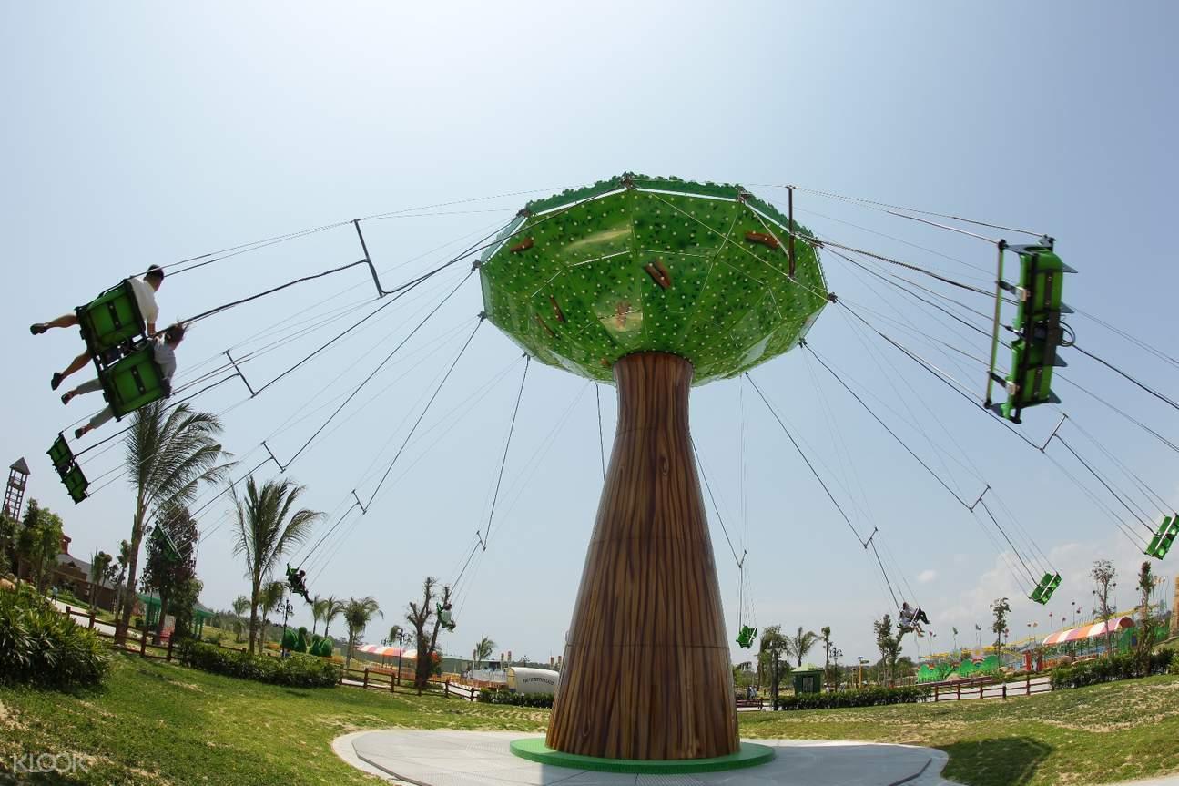 Vinpearl Land Nam Hoi An tree swing