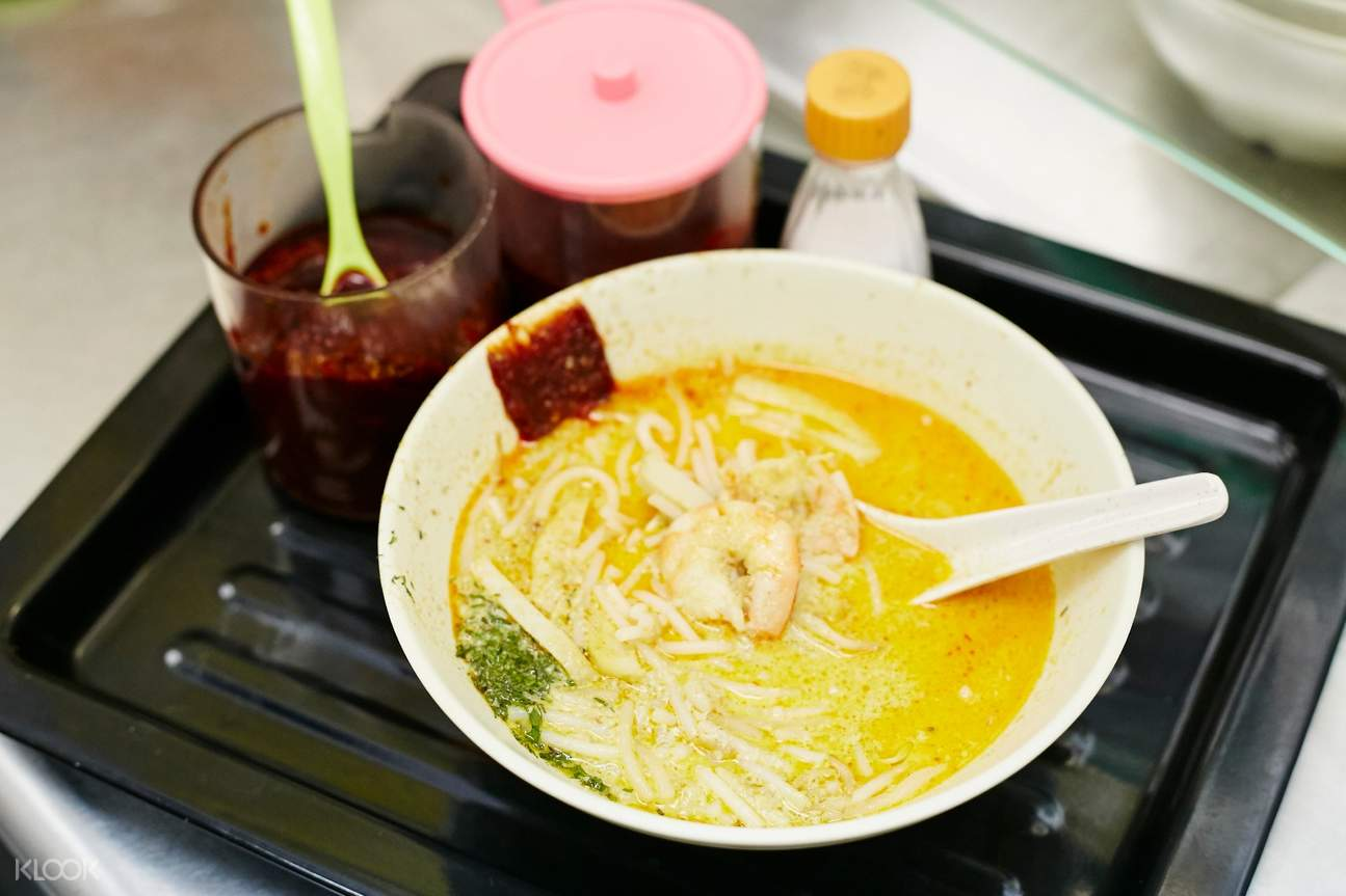 Laksa Noodles at Katong Food Tour