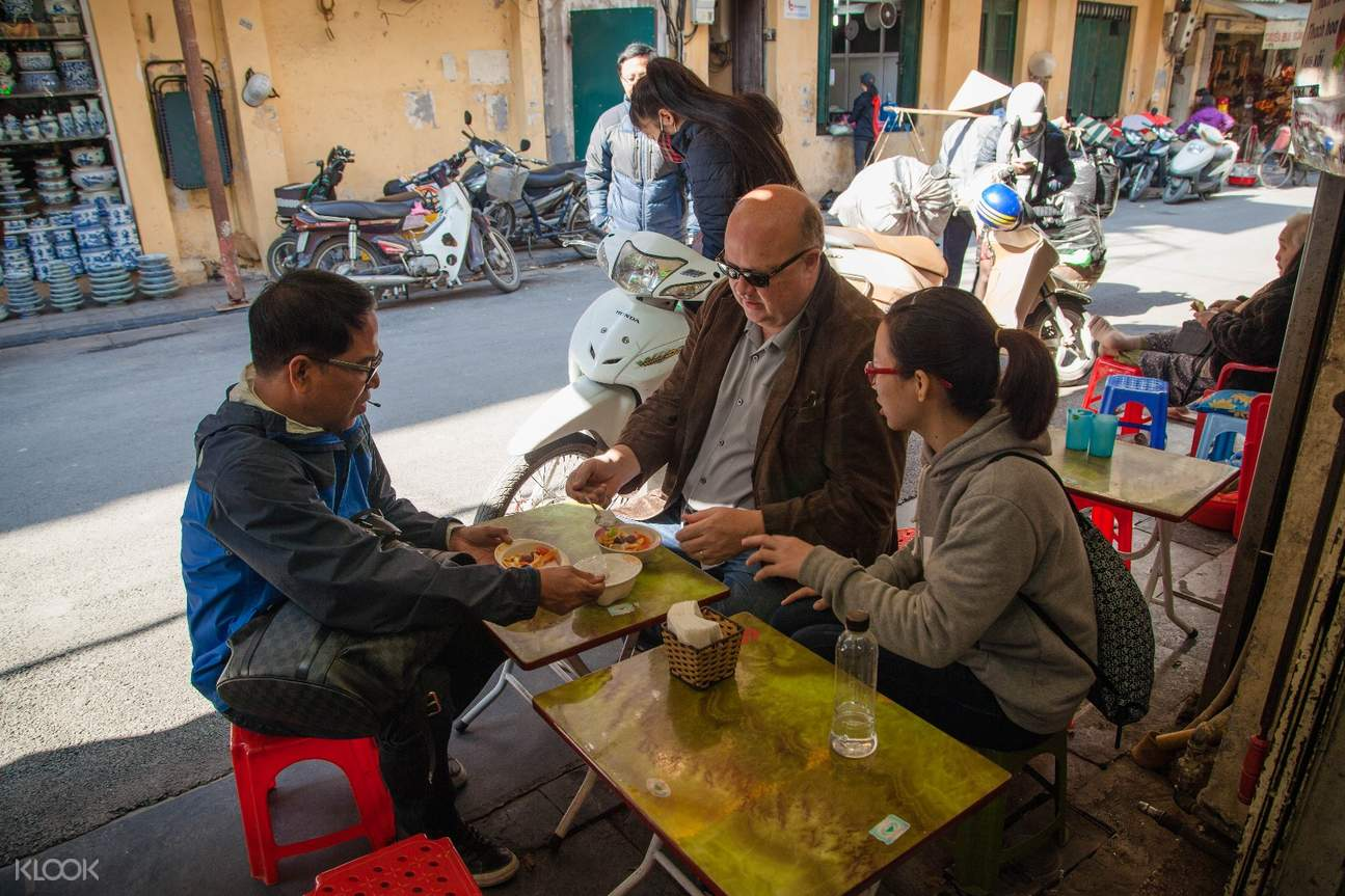 越南河內街頭美食半日遊(徒步探索 & 人力車體驗)